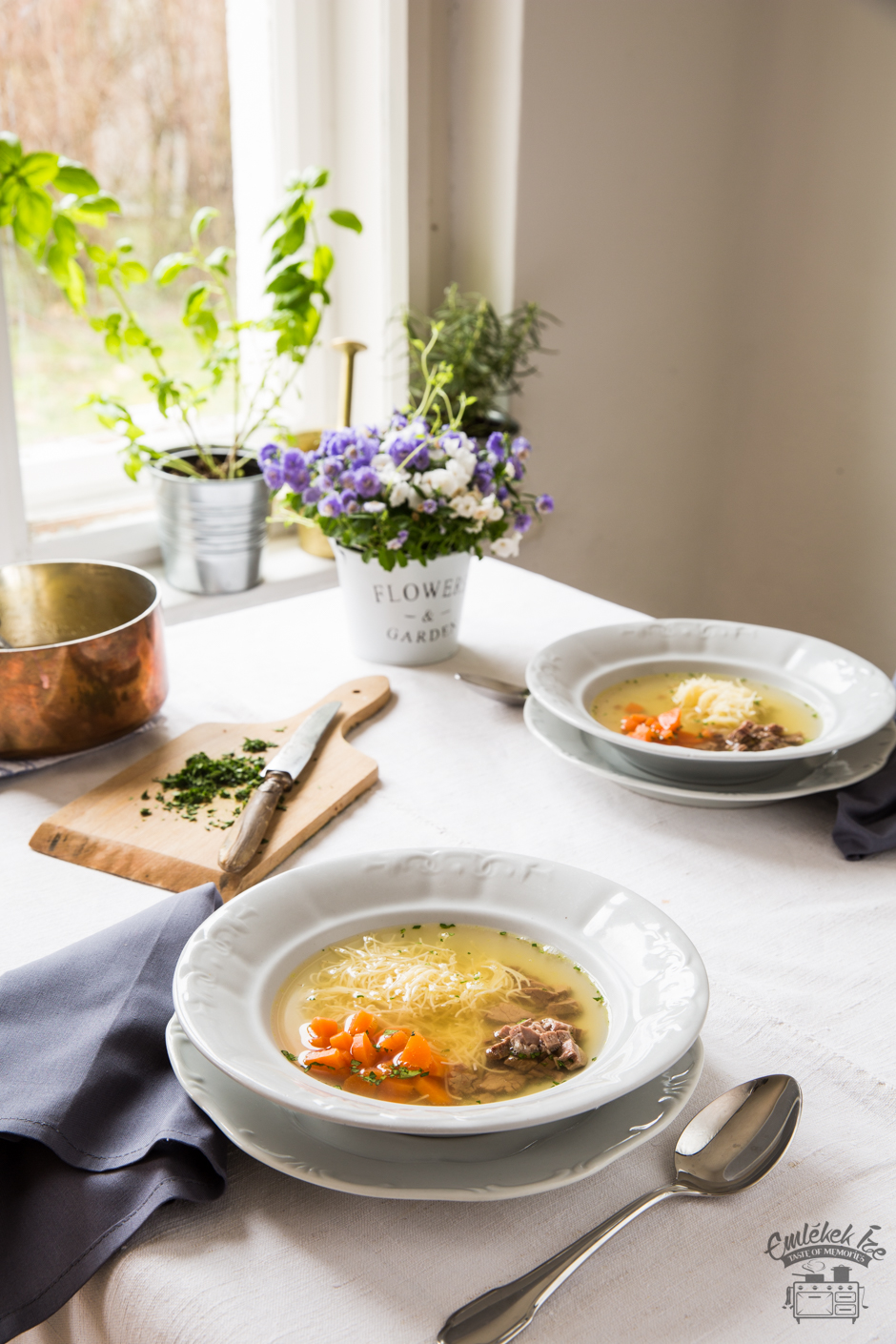 húsleves az Emlékek Íze konyhájából