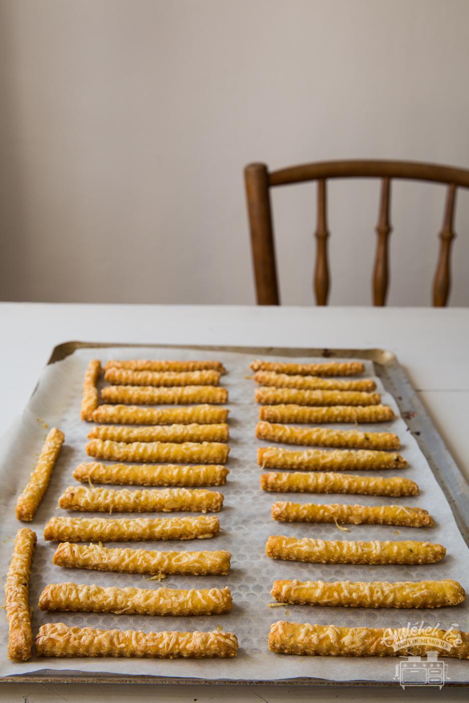 sajtos rúd az Emlékek Íze konyhájából