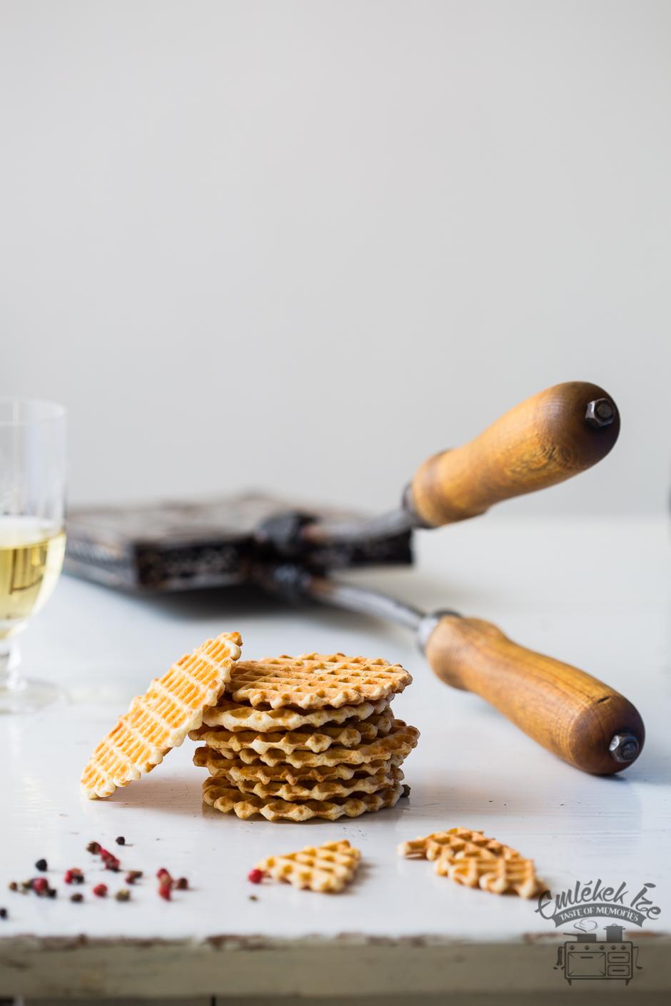 sajtos lapátos süti Mami receptje alapján az Emlékek Íze konyhájából www.emlekekize.hu