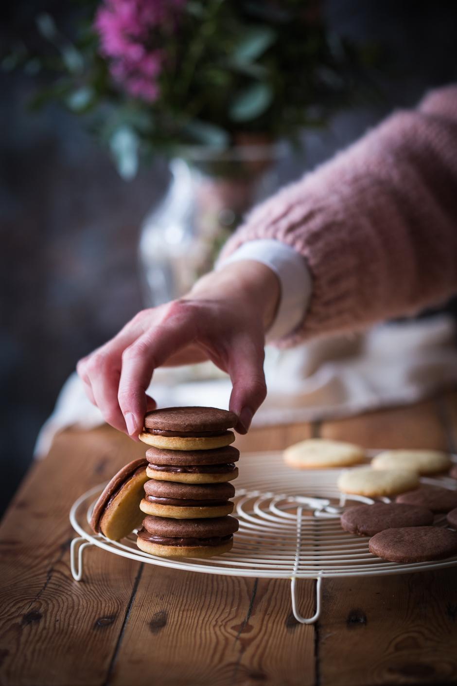 kétszínű keksz az Emlékek Íze konyhájából